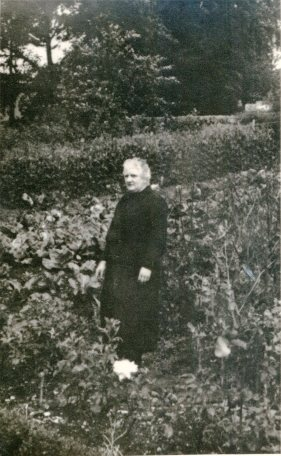 IsabellaStewart2330