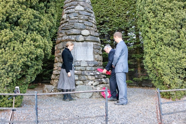 Laying a wreath at the Fearnan War Memorial